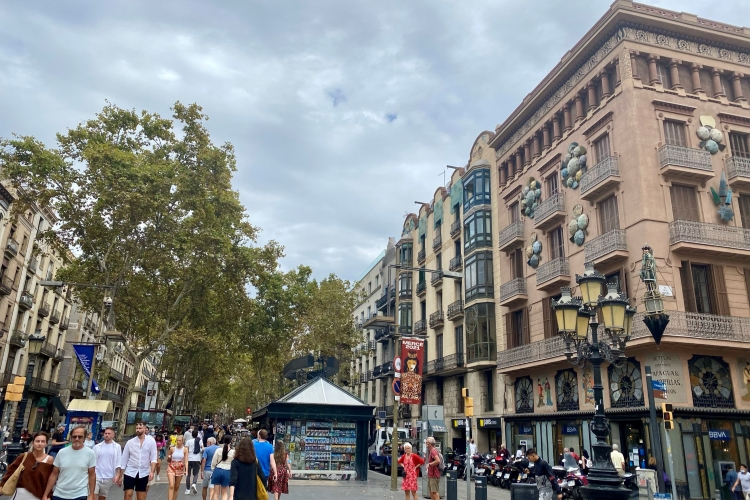 walkway in the middle of La Rambla in Barcelona